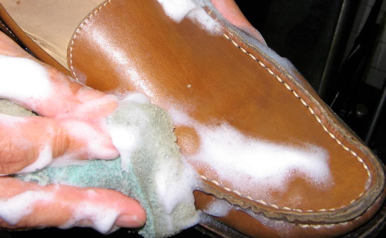 鞄クリーニング(3)